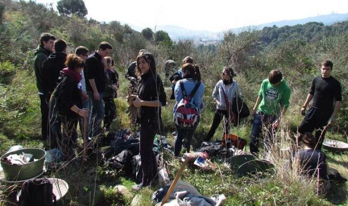 voluntariat ambiental a Collserola amb Depana